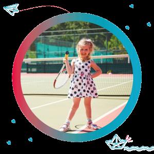 Jardin infantil con tennis
